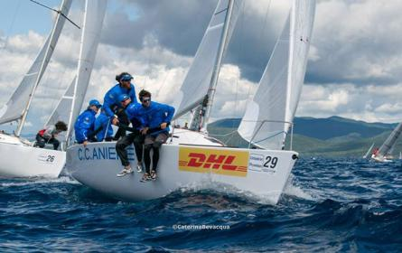 OneSails claims the 2015 Este 24 National Title.